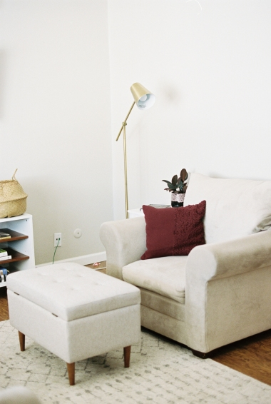Modern_Boho_California_Chic_Living_Room_Homestead_Film_Photography-3