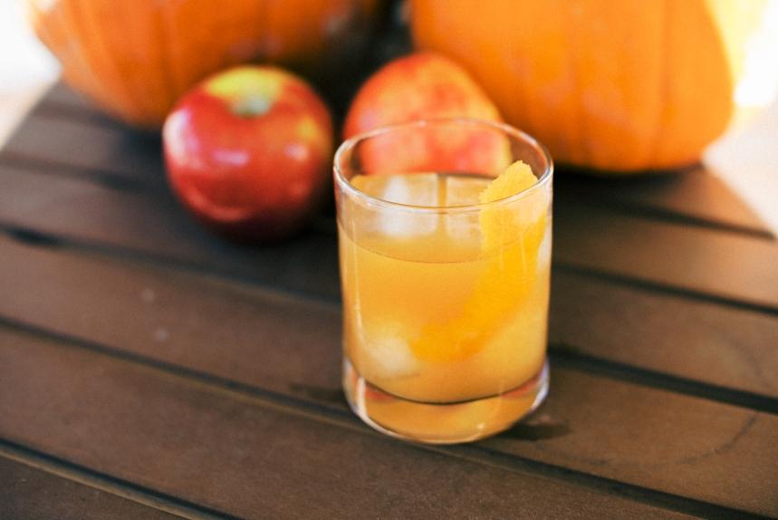 Dahlia_Homestead_Tonya_Espy_Apple_Cider_Bourbon_Fall Cocktails-4
